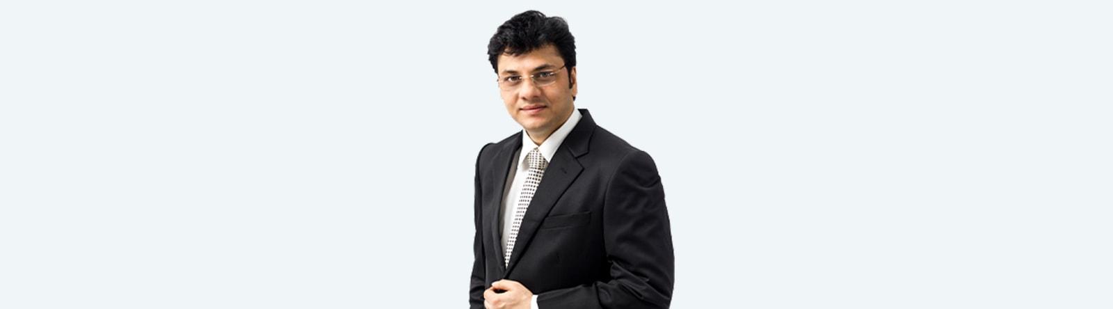 Doctor Nitish Jhawar laparoscopic surgeon mumbai